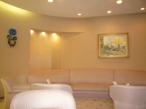 lounge121224-4